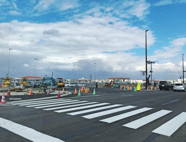道路拡張工事の曳家